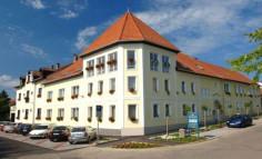 Korona Hotel - Eger